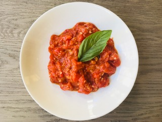 fresh and easy tomato sauce