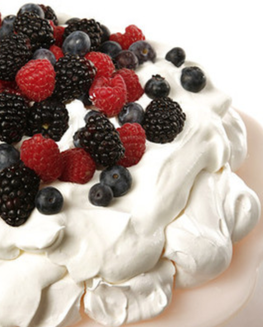 meringues with fresh cream and seasonal fruit