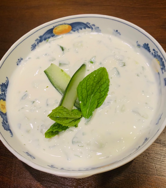 cucumber and mint yoghurt (mast-o-khiar)