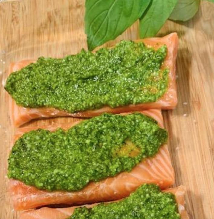 salmon with fresh pesto