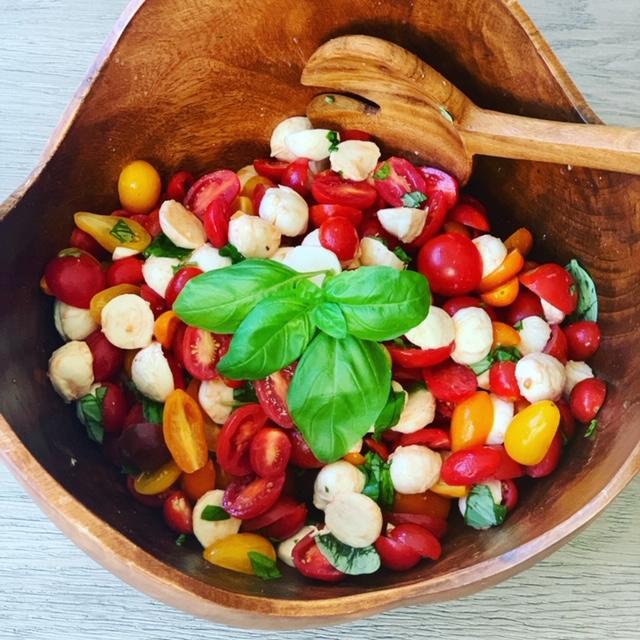 A tomato and mozzarella salad