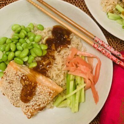 sesame salmon rice bowl