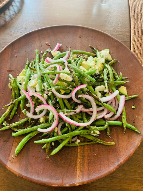 grilled haricot verts (green beans) with avocado & feta